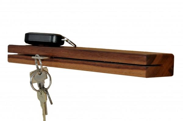 Schlüsselbrett in massiv Nussbaum 30 cm Schlüsselhalter